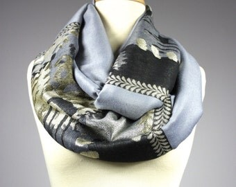 Silver Gray infinity scarf, pashmina infinity scarf, abstract  scarf,  chunky scarf, lurex scarf,  handmade scarf