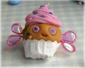 Fairy Cake Brooch Pink Cupcake Pin Badge Fimo Food Muffin Polymer Clay Jewellery