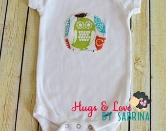 Owl applique Baby Bodysuit - Size 3-9 months