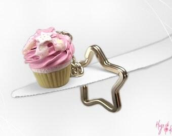 Pink Cupcake Keychain, Glow in the Dark Cupcake Star, Miniature Food, Polymer Clay,Kawaii Accessory,Pink Pastel Keychain,Foodie gift