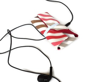 Earbud Earphone Cord Organizer Roll Case Red