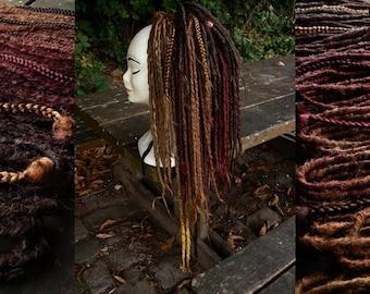 Lot de 55 Dreads Synthétiques, spécial Automne. Effet naturel avec dégradé de couleurs et de longueurs.