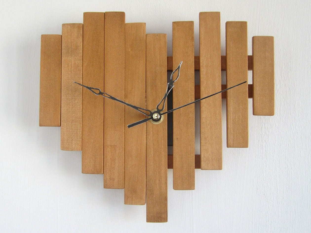 Heart shape clock wooden wall clock romantic gift bedroom zoom amipublicfo Choice Image