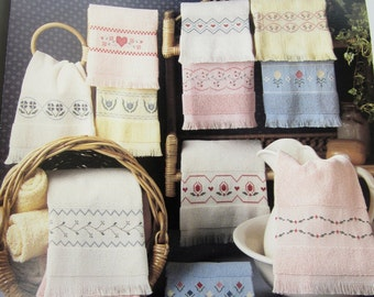 Vintage Leisure Arts Leaflet #585, Floral Trims For Fingertips, Cross Stitch Patterns, Floral Cross Stitch Patterns, 12 Patterns