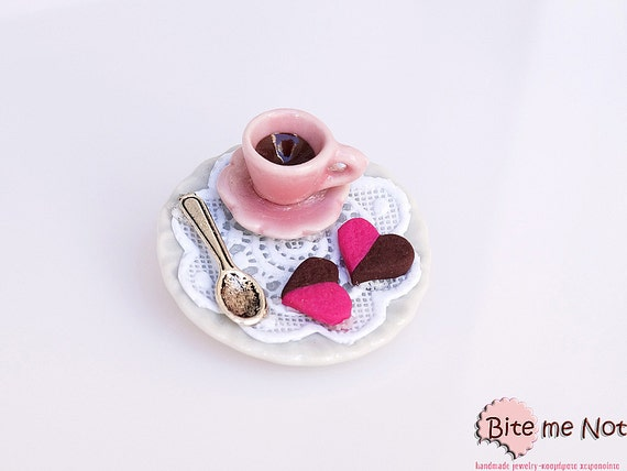 Polymer clay Jewelry Coffee and Choco Strawberry Biscuits Brooch, Polymer clay Sweets, Mini Food, Kawaii Jewelry,Food Jewelry,Miniature Food