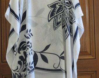 White Beach Coverup, Womens Blue and White Caftan, White Kaftan, Blue and White Blouse, Tunic