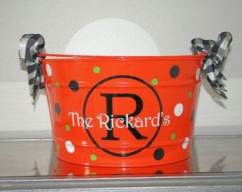 Personalized Halloween Bucket/Personalized Candy Bucket/16 Quart Bucket