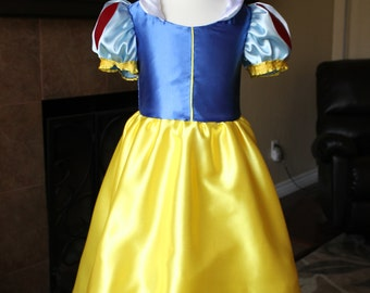 Snow White Inspired Princess Dress (Size 6-8)