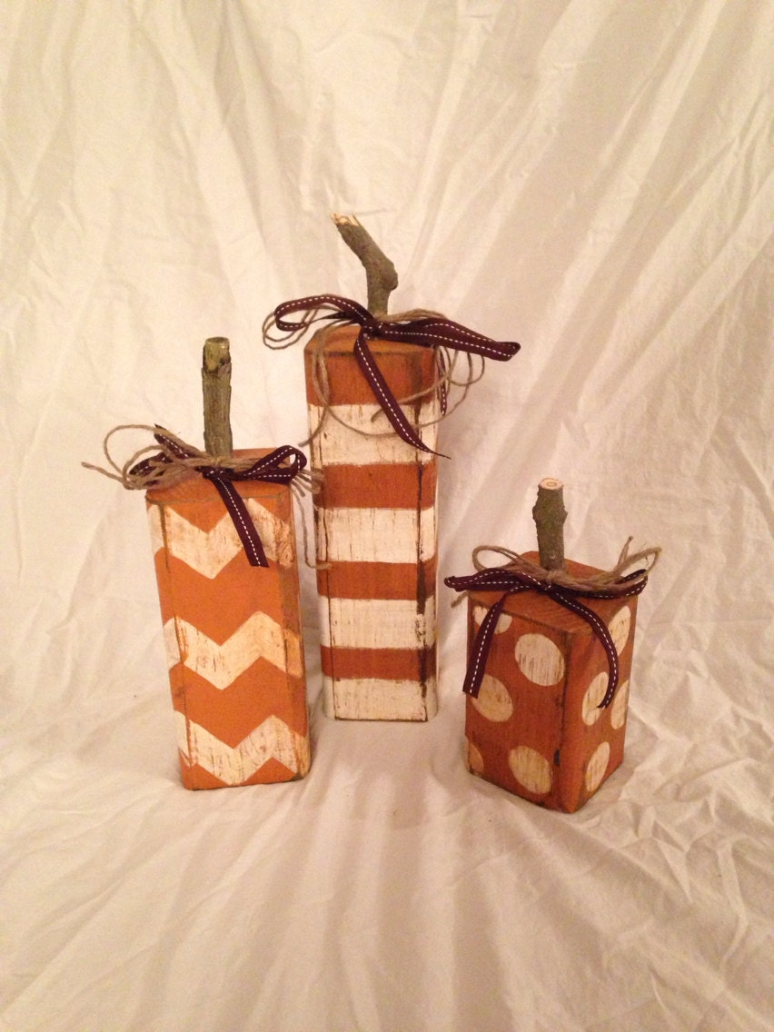 Wood pumpkins fall decor rustic set of