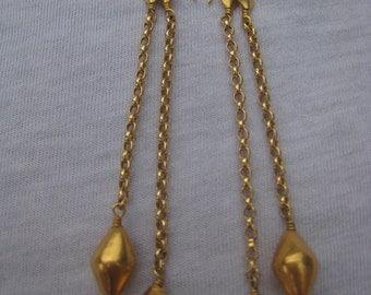 Unified stud earrings