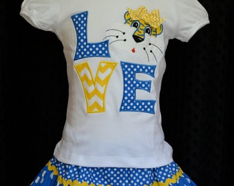 Personalized Football Love Tigers Boy or Girl Applique Shirt or Onesie