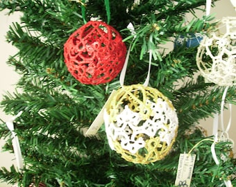 Snowball Tatted Christmas Ball Ornament