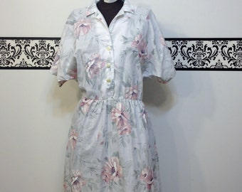 1980's Floral & White Rockabilly Day Dress by Stuart Alan Petites, Size 14, Vintage 80's Does 50's Spring and Summer Dress