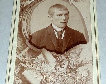 """1800's Gyldenaas Tromso Norway Carte de Visite 4"""" Photo Young Man #29"""