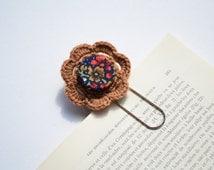 Brown Flower bookmark clip,crochet bookmark,crochet bookclip,cute bookmark,handmade bookmark,,fabric bookmark
