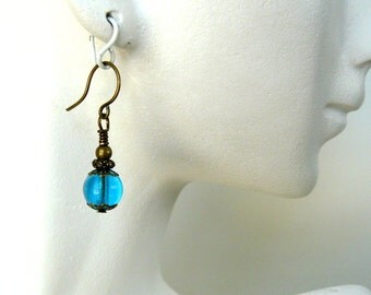 Bright Blue Beaded Earrings, Turquoise Glass Bead Dangles, Vintage Style Jewelry, Small Drops, Romantic Jewelry, Minimal Earrings