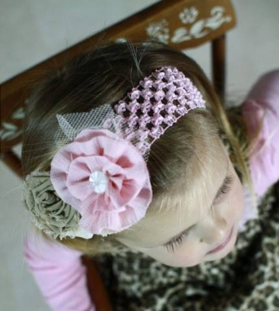 vintage inspired shabby chic pink and khaki flowered headband on pink crochet elastic band.