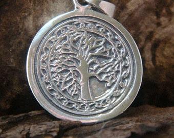 Tree of Life Necklace: Celtic Design Engravable 925 Sterling Silver Tree of Life Necklace, 28mm Tree of Life Pendant Engravable on Back 027