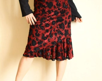 Vintage Women's Burgundy Red Wine Black Layred Skirt with Ruffled Hem Knee Length High Waist