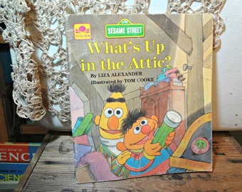 Sesame Street, What's up in the Attic? Golden Book 1987, Liza Alexander, Tom Cooke, Bert and Ernie