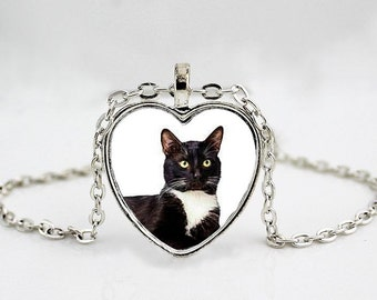 Black and White Tuxedo Cat Necklace - Cat Jewelry - Kitten Jewelry - Pet Necklace - Cat Lover Gift - Heart Pendant Necklace