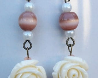 Vintage style dangling rose earrings