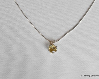 Yellow Quartz  and Sterling Silver Necklace - Gemstone Jewelry    (GS-359)