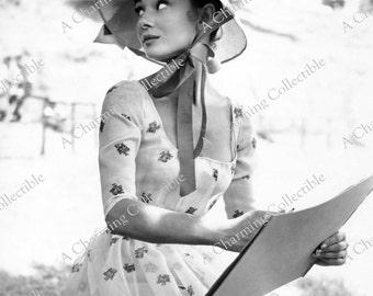 "AUDREY HEPBURN 8x10 or 11x14 Photo Print 1956 ""War and Peace"" Hollywood Classic Actress 1950's Wall Hanging Art Home Decor"