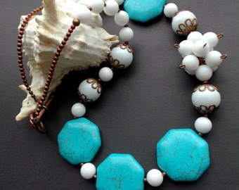 necklace turquoise. Asymmetrical necklace. turquoise kаhоlong. turquoise white. Gemstones. copper fittings. copper details