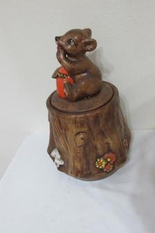 Cookie Jar Bear With Honey Jar On Tree Stump Treasure Craft