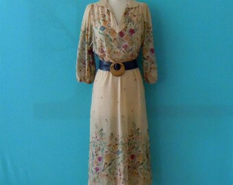 vintage 70's floral beige day dress // 70's dress // flower dress