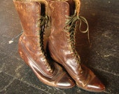 Vintage Brown Leather Victorian Style Boots - 1940s Worn Leather, Lace Front, Mid Calf Height, Pointed Toe, High Heel - Women's Size 5 1/2