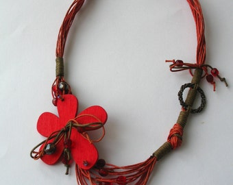 Red flower necklace  E214