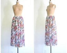 pastel floral print tissue crinkle rayon gauze skirt - Spring / Papillion - made in India / Hippie - bohemian festival