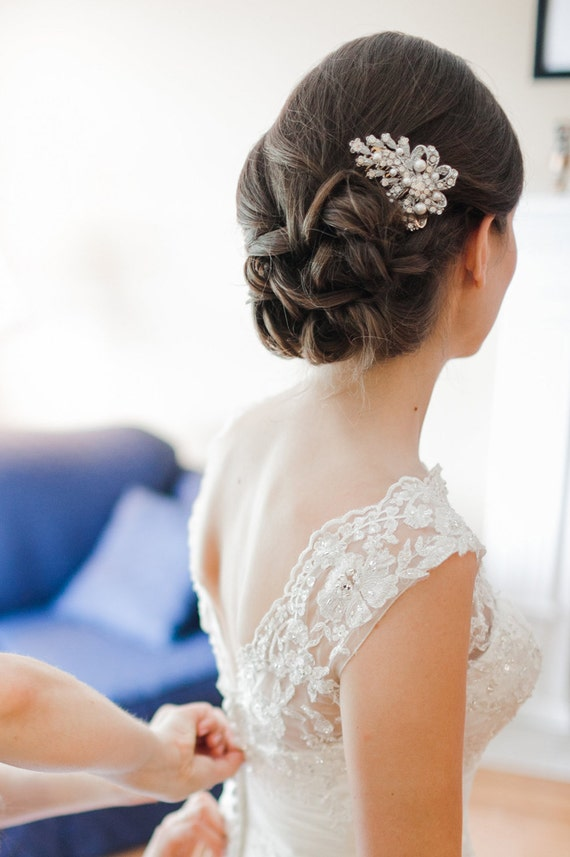 Crystal and Pearl Bridal Hair Comb, Vintage Style Wedding Hair Comb, Silver Bow Bridal  Hair Comb, Bridal Wedding Hair Accessories, CADENCE