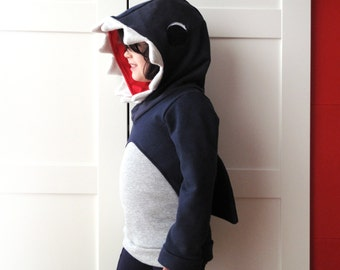 Kids' hooded shark sweatshirt. Halloween costume. Sizes from 2 to 7 years. Made to order.