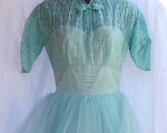 Fresh Mint Tulle Party Dress, tea-ankle length, vintage 1950s, size x-small to small (0, 2, 4)
