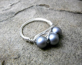 Gray Pearl Ring, Wire Wrapped Ring, Cluster Ring, Gray Ring, Wire Wrapped Jewelry Handmade, Silver Ring, Gray Bead Ring