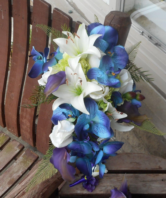 Beach Wedding Flowers: Destination Or Beach Wedding / Real Touch Cascading Bridal