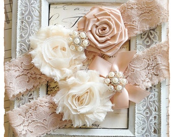 Bridal Garter Set, Wedding Garter Set, Lace Garters, Vintage Garter Set, Lace Garter Set - Blush Lace, Cream and Blush Flowers