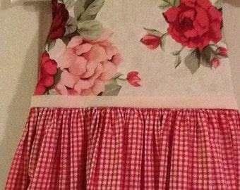 Vintage Rose and Gingham dress size 4 Years