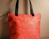 Red Starburst Zipper Tote Bag