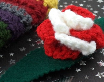 Sarah Jane Smith - Crocheted Rose Barrette - Red and White (SWG-HB-DWSJ01)