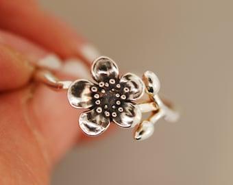 Plum Blossom Bud Ring