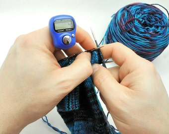 SALE - Blue Row Counter for Knitting And Crochet - Fits On Your Finger!