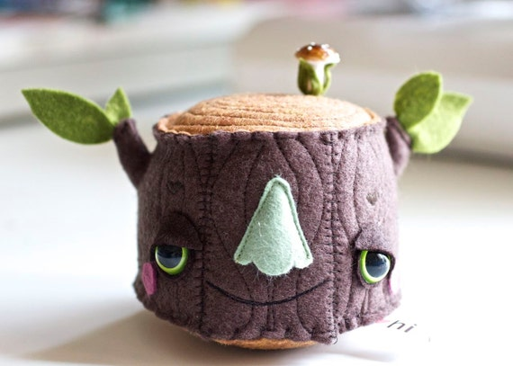Pincushion - Large Mr Tree Stump Plush