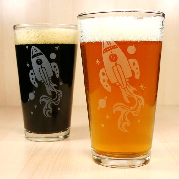 2 Retro Rocket Ship Etched Pint Glasses
