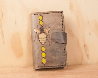 iPhone 4 Wallet Case Leather -  Bee iPhone Case - One Bee Pattern