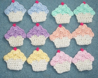 12 cotton thread crochet applique cupcakes with pastel frosting  --  1896