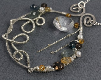 Dramatic Scroll Necklace
